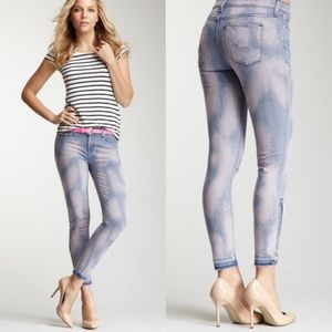 Hudson crop midrise Nico, zips at ankle jeans